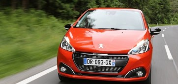 peugeot 208 phase 2 1.2 pure tech 110 allure 2015 photo laurent sanson-01