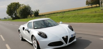 alfa romeo 4C standard edition pack racing photo laurent sanson-16