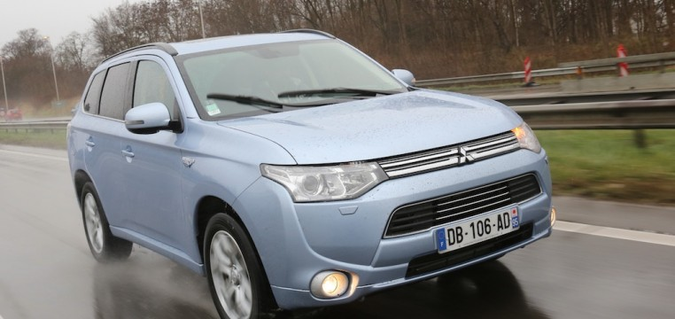 mitsubishi outlander phev photo laurent sanson-01