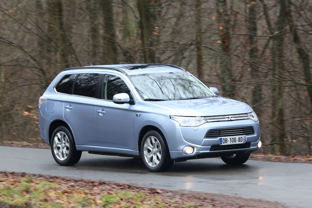 mitsubishi outlander phev photo laurent sanson-08