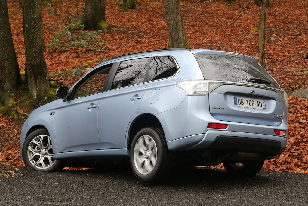 mitsubishi outlander phev photo laurent sanson-13