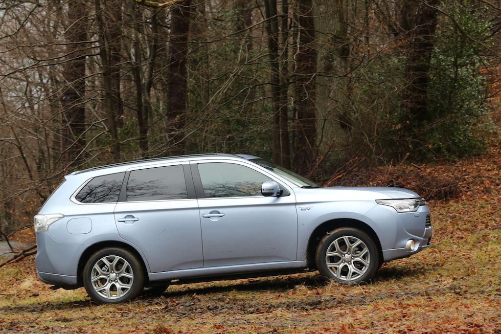 mitsubishi outlander phev photo laurent sanson-14